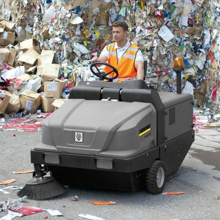 Karcher Medium Ride-on Sweeper - LPG